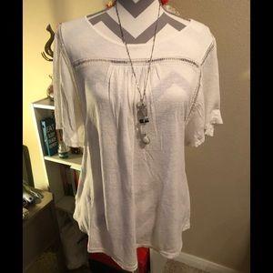 2 LOFT Flutter Sleeve T-shirts